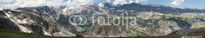 20429422 – United States of America – Beartooth Pass Panorama