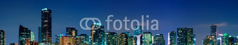 32015141 – United States of America – Miami skyline panorama at night