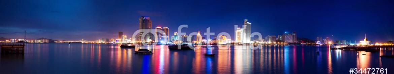34472761 – China – Xiamen island night scape panoramic view