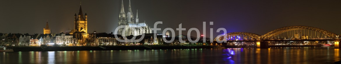 40024794 – Germany – Night panorama of Cologne from the Rhine river, Germany