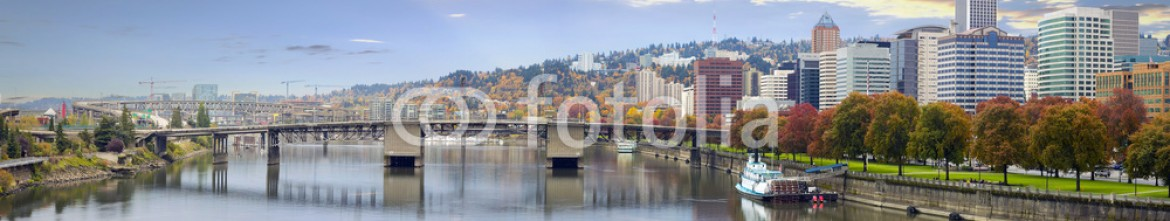 46417112 – United States of America – Portland Oregon Downtown Skyline and Bridges