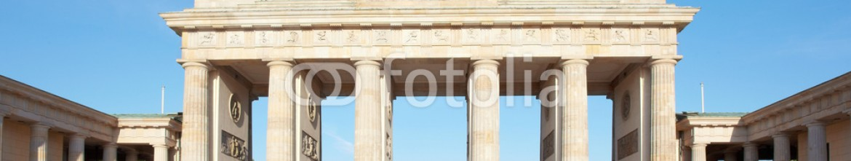 46985737 – Germany – Brandenburg gate, blue sky, Berlin, Germany