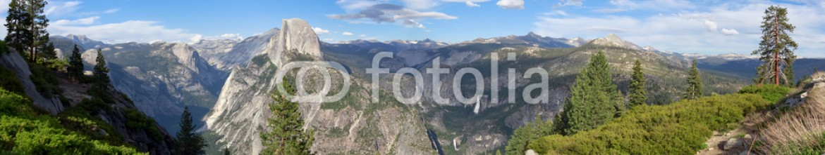 53605358 – United States of America – Yosemite from Glacier point