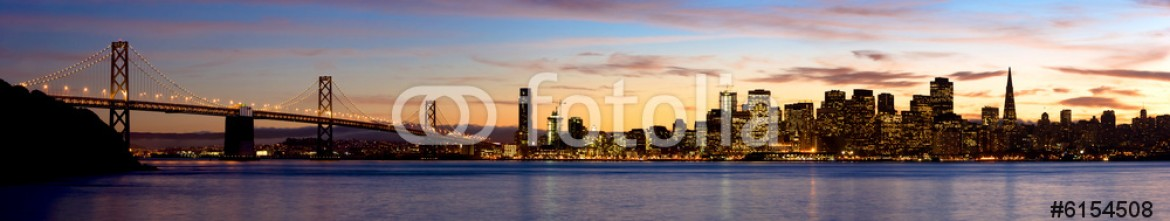 6154508 – United States of America – A panoramic shot of San Francisco, taken from Treasure Island.