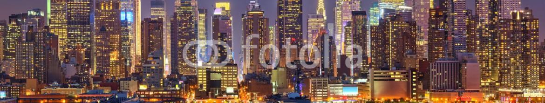 43422560 – Germany – Manhattan at night