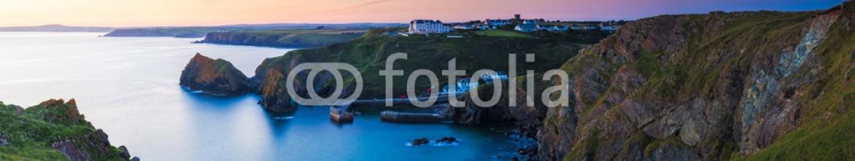 48142973 – United Kingdom of Great Britain and Northern Ireland – Mullion Cove Cornwall