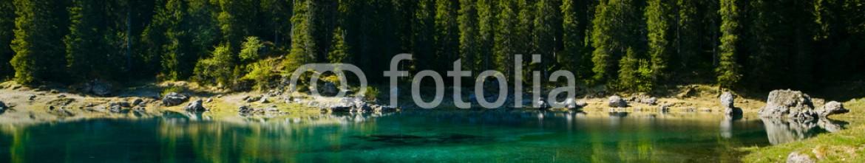 49184810 – Italy – Lago di Carezza, Italia