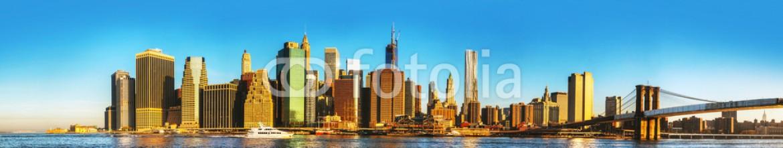 53888212 – United States of America – New York City cityscape with Brooklyn bridge