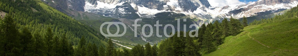 55011935 – Italy – Cervinia, Valle d'Aosta, Italy (Lake blue)