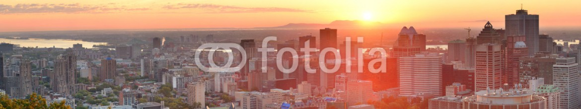 56324127 – United States of America – Montreal sunrise panorama