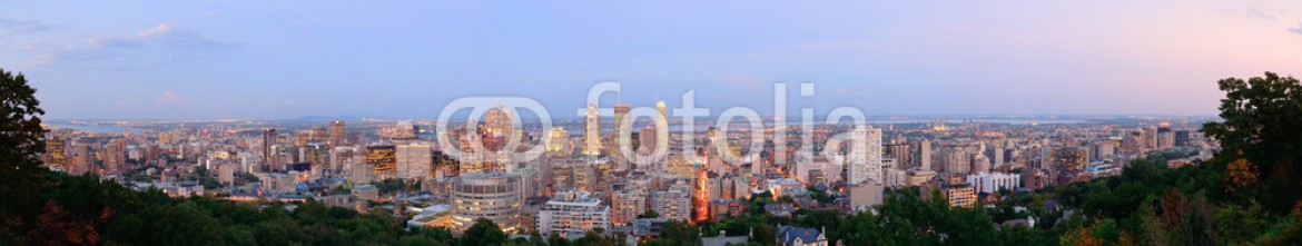 59128934 – United States of America – Montreal at dusk panorama