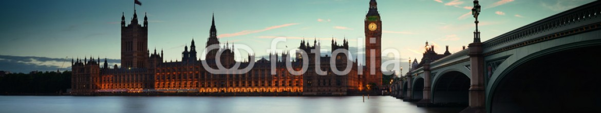 59129133 – United States of America – London at dusk