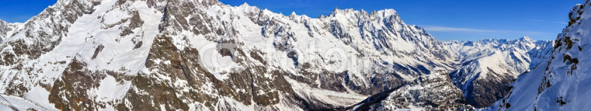 59144008 – Italy – Panorama of Mont Blanc de Courmayeur, Val Veny, and Youla slope