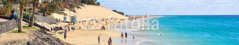 60820869 – Italy – Beach of Morro Jable, Fuerteventura, Spain