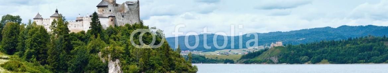 60832124 – Ukraine – Niedzica Castle (or Dunajec Castle) summer panorama (Poland).