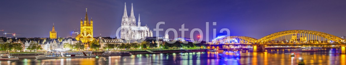 60912073 – United States of America – Cologne, Germany Panorama