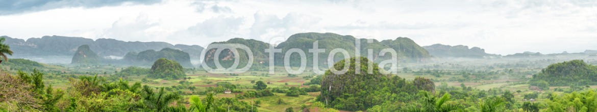 64383179 – United Kingdom of Great Britain and Northern Ireland – Panoramic view of the Vinales Valley in Cuba