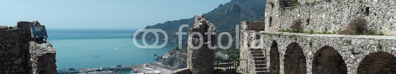 64422311 – Italy – Salerno – Castello Arechi e Costiera Amalfitana