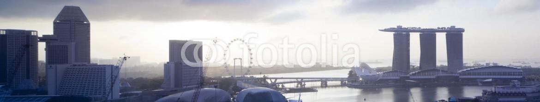 64527003 – Thailand – Singapore skyline at Marina Bay in the morning