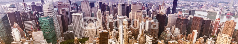 65010208 – United States of America – Beautiful sunset over Manhattan, New York City