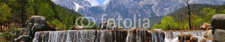 65930247 – China – Alpine Mountain Valley