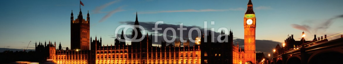 66487677 – United States of America – London at dusk
