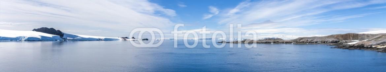 67456808 – Canada – Antarctic Panorama Paradis Bay