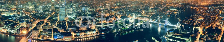 67717675 – United States of America – London night