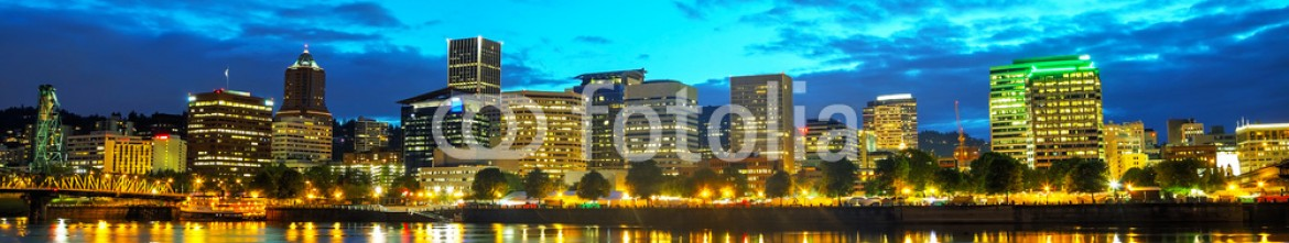 69311755 – United States of America – Downtown Portland cityscape at the night time