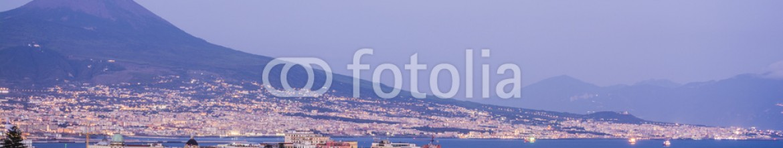 70123383 – Italy – Naples highview