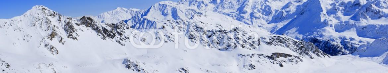 70877700 – Italy – Winter mountains, panorama of the Italian Alps