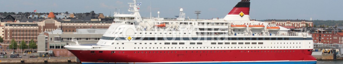 73282877 – Russian Federation – Viking Line Ferry go to the Helsinki port.
