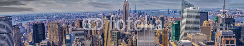 73552176 – United States of America – Beautiful view of  New York City skyline