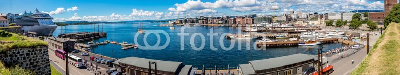 74184284 – Ukraine – Oslo skyline and harbor. Norway