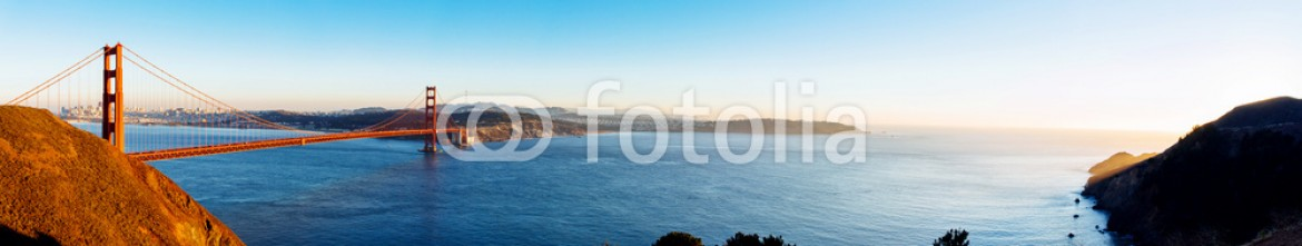 74911982 – United States of America – Panoramic view of Golden Gate bridge, San Francisco, USA.