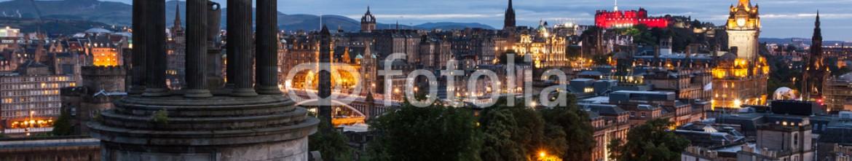 75745604 – United Kingdom of Great Britain and Northern Ireland – Edinburgh Skyline from Calton Hill at dusk, Scotland, UK