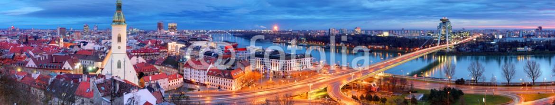 75897598 – Slovakia – Bratislava cityscape at night, Slovakia