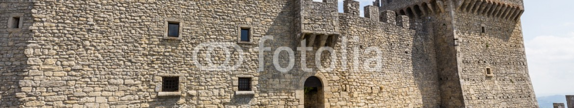 76274808 – Russian Federation – ancient fortress of Republic San Marino