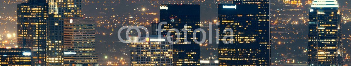 76546312 – United States of America – Los Angeles at night