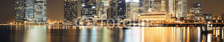 76551596 – United States of America – Singapore skyline