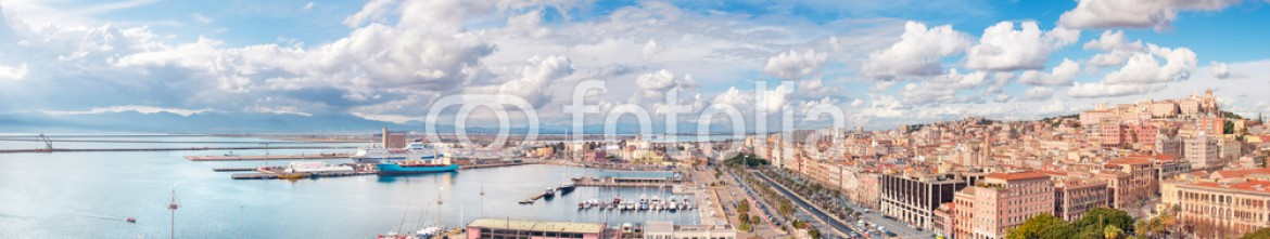 77260124 – Italy – Panoramic view of Cagliari city in a beautiful sunny day