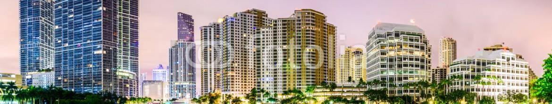 77952613 – United States of America – Miami Florida Cityscape