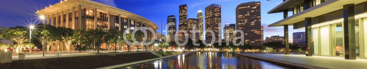 78090808 – United States of America – Los Angeles downtown and reflection