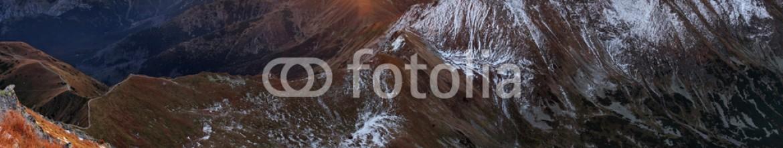 78161977 – Slovakia – Mountain sunset autumn Tatra landscape, Slovakia