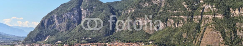 78197346 – Italy – Mezzolombardo and Adige valley