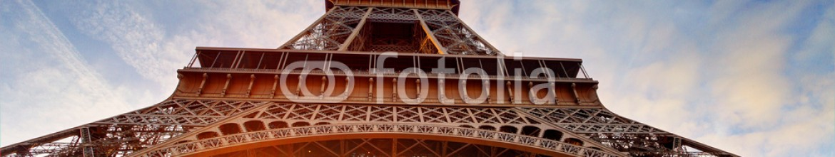 79043195 – France – Sunrise in Paris, with Eiffel Tower