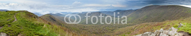 79354653 – United States of America – rainy mountain panorama