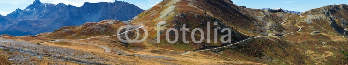 79890165 – Italy – Panoramic view of the Italian Alps