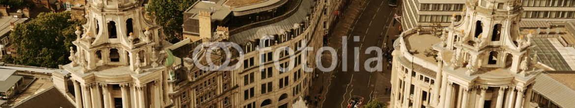 80229615 – United States of America – London rooftop view