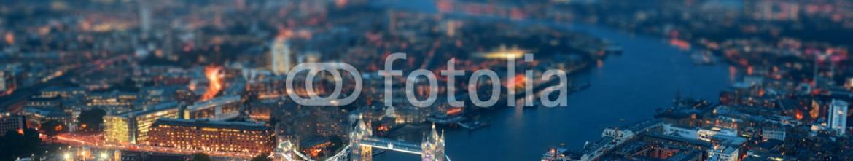 80229758 – United States of America – London night
